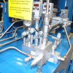 hydraulic_systems_assemply_with_manifold_switches_and_fittings